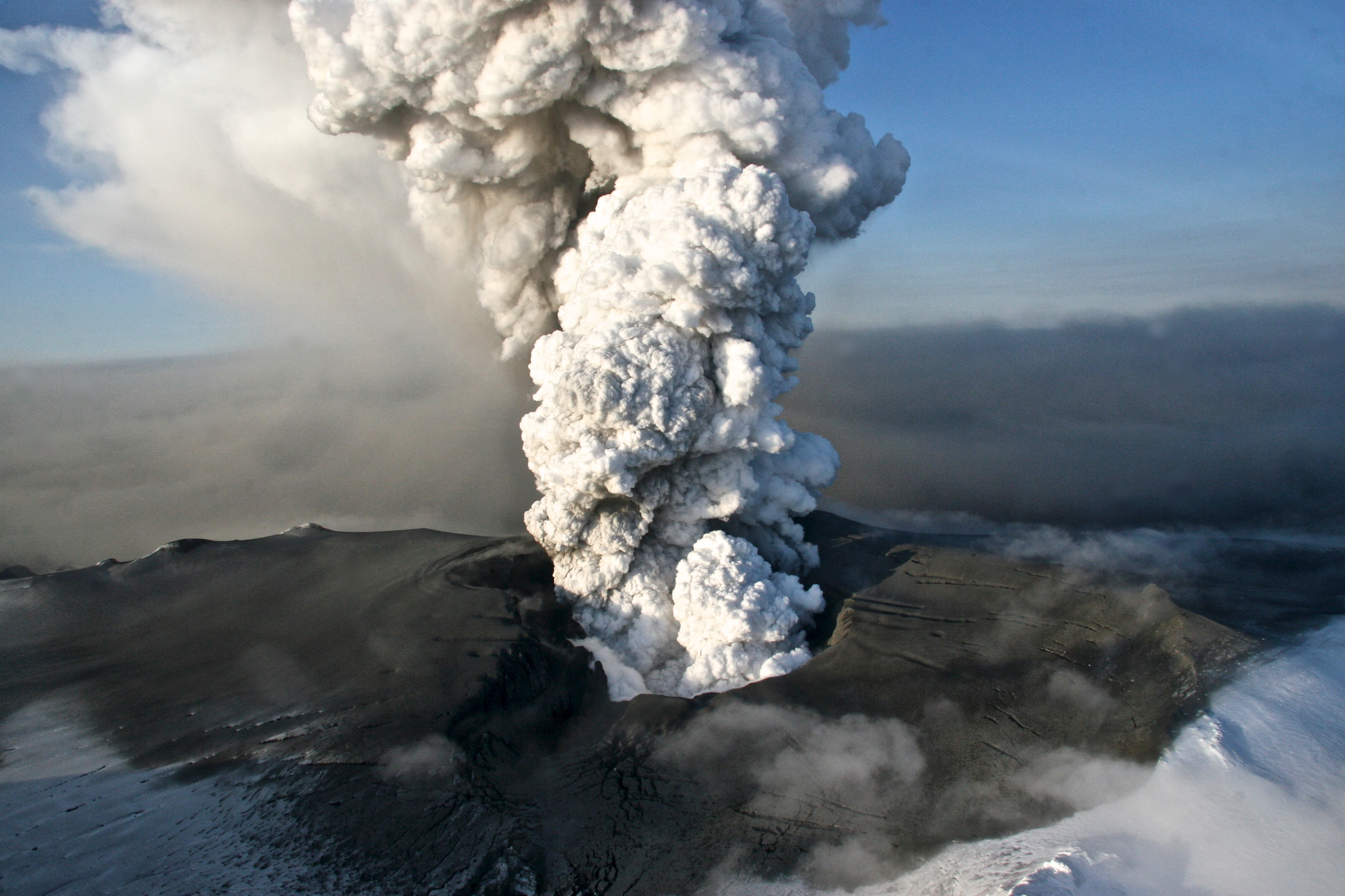 What are some volcanos that have erupted since 2010?