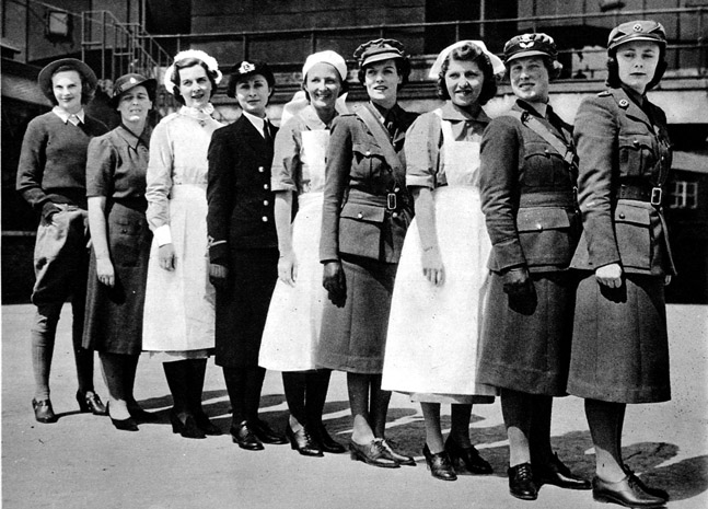 u s women roles in 1900 1945 This study focuses on the role women played in the soviet the final one being that all women were successful and powerful calling out the united states on.
